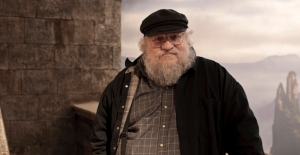 George R.R. Martin is sad because The Atlantic article said his books are no good, whereas Swans & Klons is great.